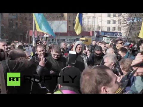 Kiev protesters storm Russian embassy, burn flag, pelt stones & eggs – second attack in day