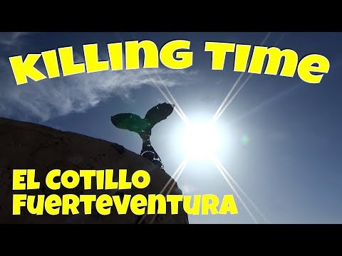 Killing time at the New Harbour, El Cotillo, Fuerteventura