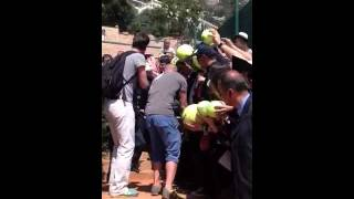 Rafa signing authographs in Monte Carlo 2013