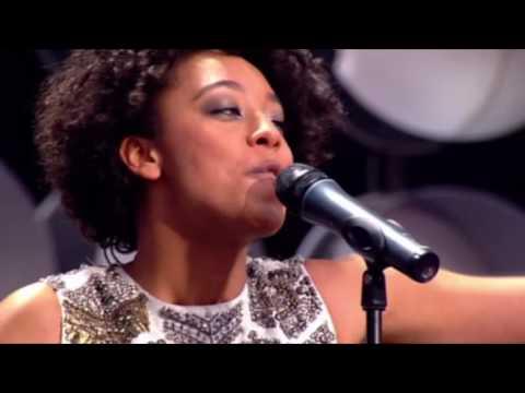 Corinne Bailey Rae & John Legend - Mercy Mercy Me (Live 2007) (Promo Only)