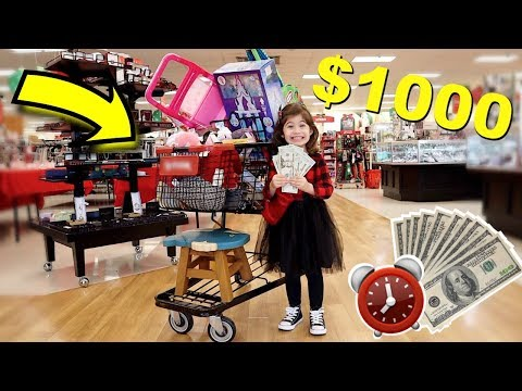 PENELOPE SPENDS $1000 IN 10 MINUTES CHALLENGE!!!