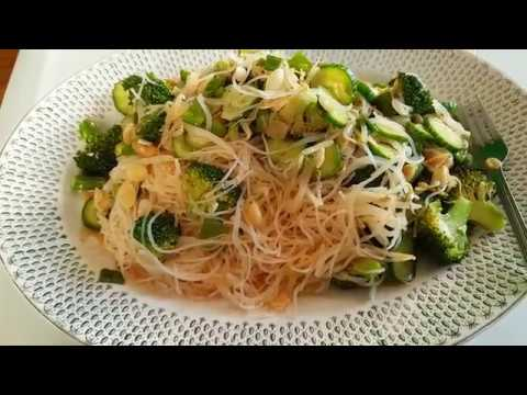 ASMR - Eating Amazing Asian Spring Rolls Salad + The Receipe
