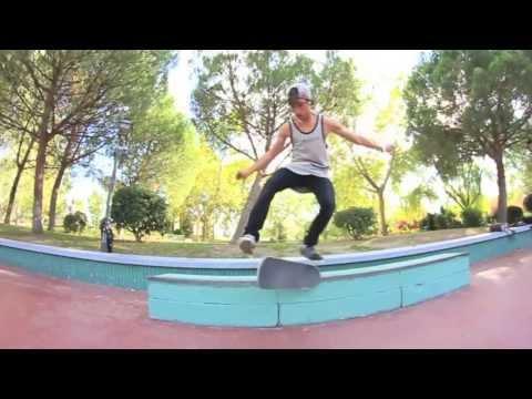 Danny León [(Full Part) MADNESS 2.0 Skate Movie]