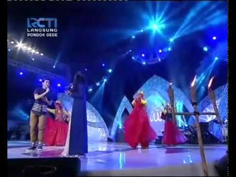 Hanin Dhiya ft Vidi Aldiano