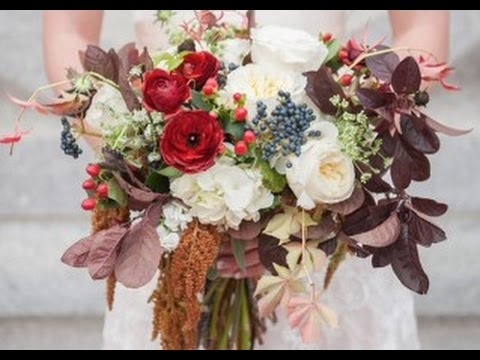 burgundy-and-cream-wedding-bouquet