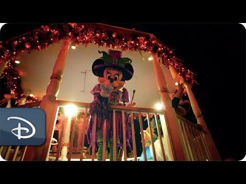 Disney Parks Moms Panel | Reasons to Visit Walt Disney World This Fall