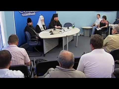 'Russia Building Berlin Wall Across Ukraine': Archbishop Yevstratiy warns against split of Ukraine