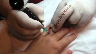 Tatuaj pe deget http://www.machiajtatuaj.ro