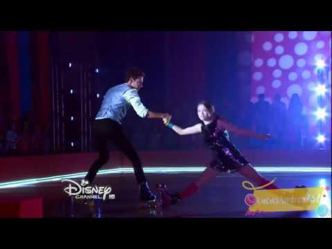 Soy luna : luna und Matteo tanzen beim song alas folge 40