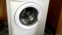 Indesit WIN102 washing in campground (July 2014)