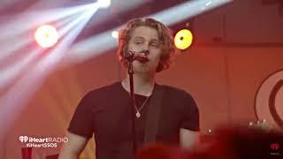 Cover images ►Moving Along - 5 Seconds of Summer ღ live [Sub en Español] (lyrics)
