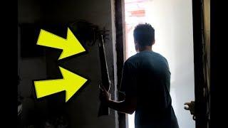 פרצנו לבית נטוש ותפסו אותנו?! || מצאנו רובה! (רציני)
