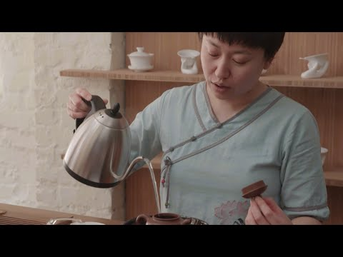 How to Brew Tea in a Yixing Teapot   Christie's