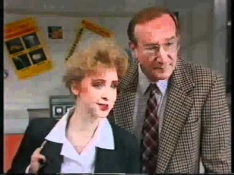 Grange Hill Series 12 (1989) Ep18 Part 1