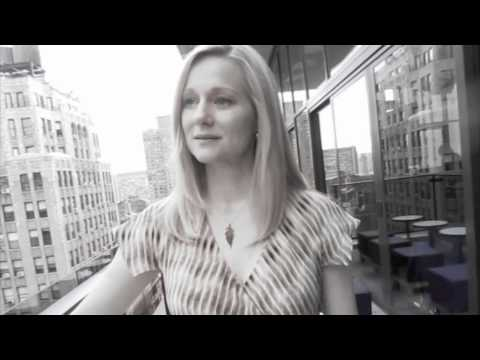 10 Things You Didn't Know About Laura Linney