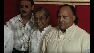 nusrat fateh ali khan and jackie shroff at kartoos audio recording with anu malik bally sagoo