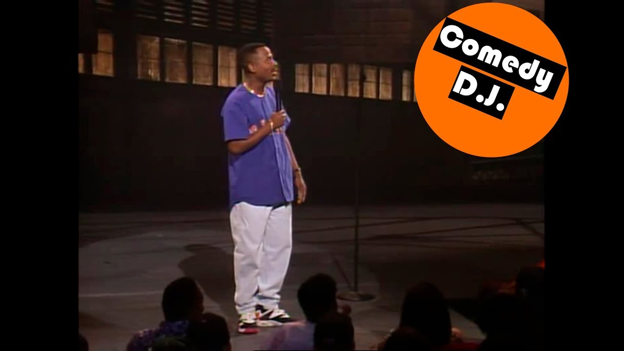Download Martin Lawrence greeting guests – Def Comedy Jam (s3ep1)