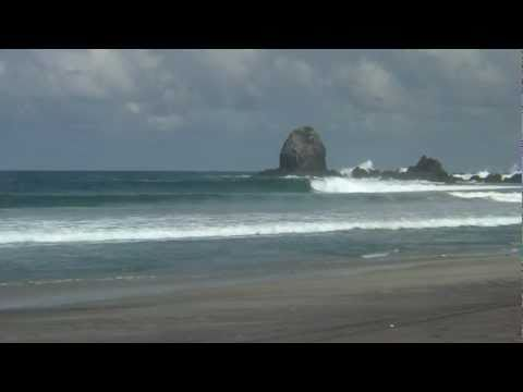 Surfing Salina Cruz