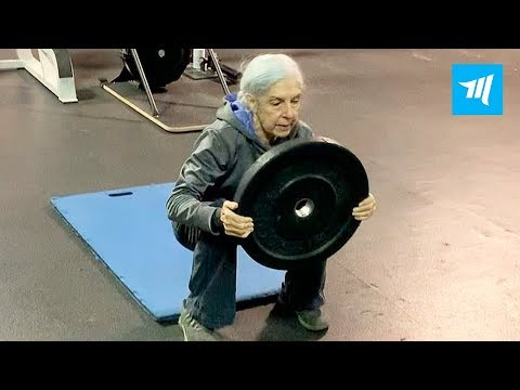 72 Years Old Woman Destroy Crossfit Gym | Muscle Madness