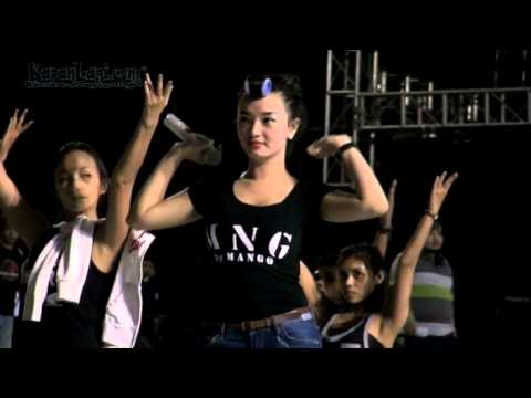 Zaskia Gotik Nyanyikan Lagu Kontroversi Hati?