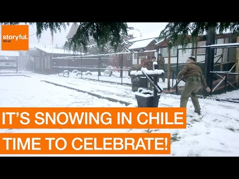 Chilean Police Throw Snowballs at Workers During Rare Winter Weather (Storyful, Weather)