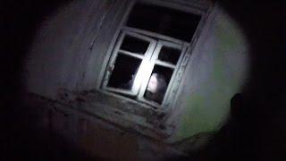 Мутанты Чернобыля напали на сталкеров Ночь в заброшенном селе в Чернобыле Зона Отчуждения