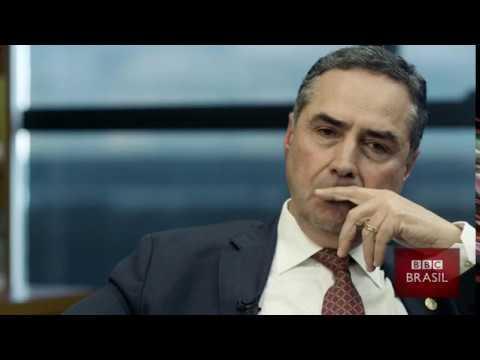 Entrevista com o ministro do STF Luís Roberto Barroso