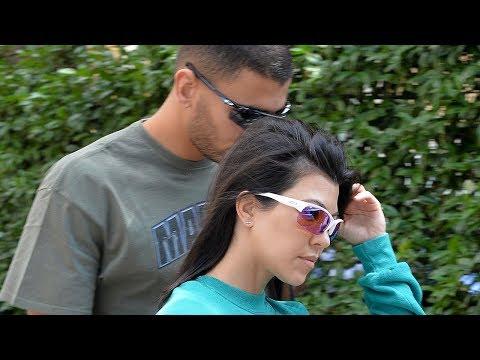 Kourtney Kardashian DATING Younes Bendjima AGAIN!