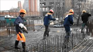 Заливка монолита после электромонтажных работ(По улице Некрасова строится жилой дом, фирма Стандарт Электро Монтаж проводит электромонтажные работы., 2012-04-25T03:04:00.000Z)