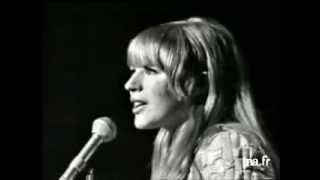 Marianne Faithfull - Come and Stay With Me  LIVE  French TV 1966