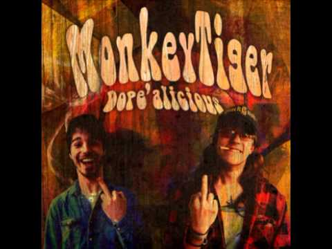 MonkeyTiger - Fluffy Herald of Death (+lyrics)