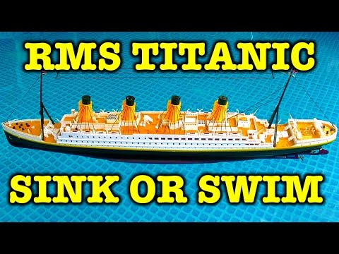 """RMS Titanic 32"""" Remote Control Realistic Sinking Action Unboxing Review & Battle Boats"""