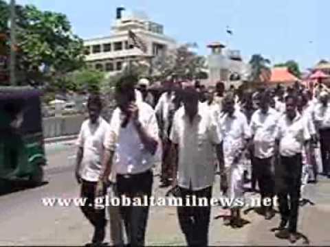 Indian origin business community Protest request to support sri lanka.wmv
