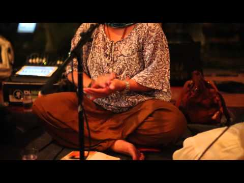 Bali Kirtan with Punnu Wasu and his musician friends