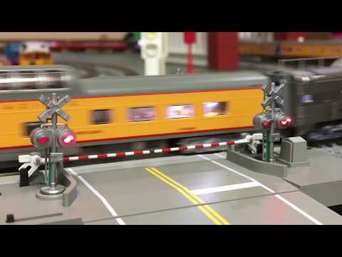 Kato N Scale Automatic Crossing Gate