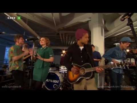 Alphabeat ft. Shaka Loveless - Show Me What Love Is (Live)