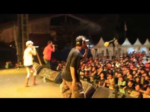 2BMSerangnesia At Banten Rock Fest - EH ENENG SAYANG