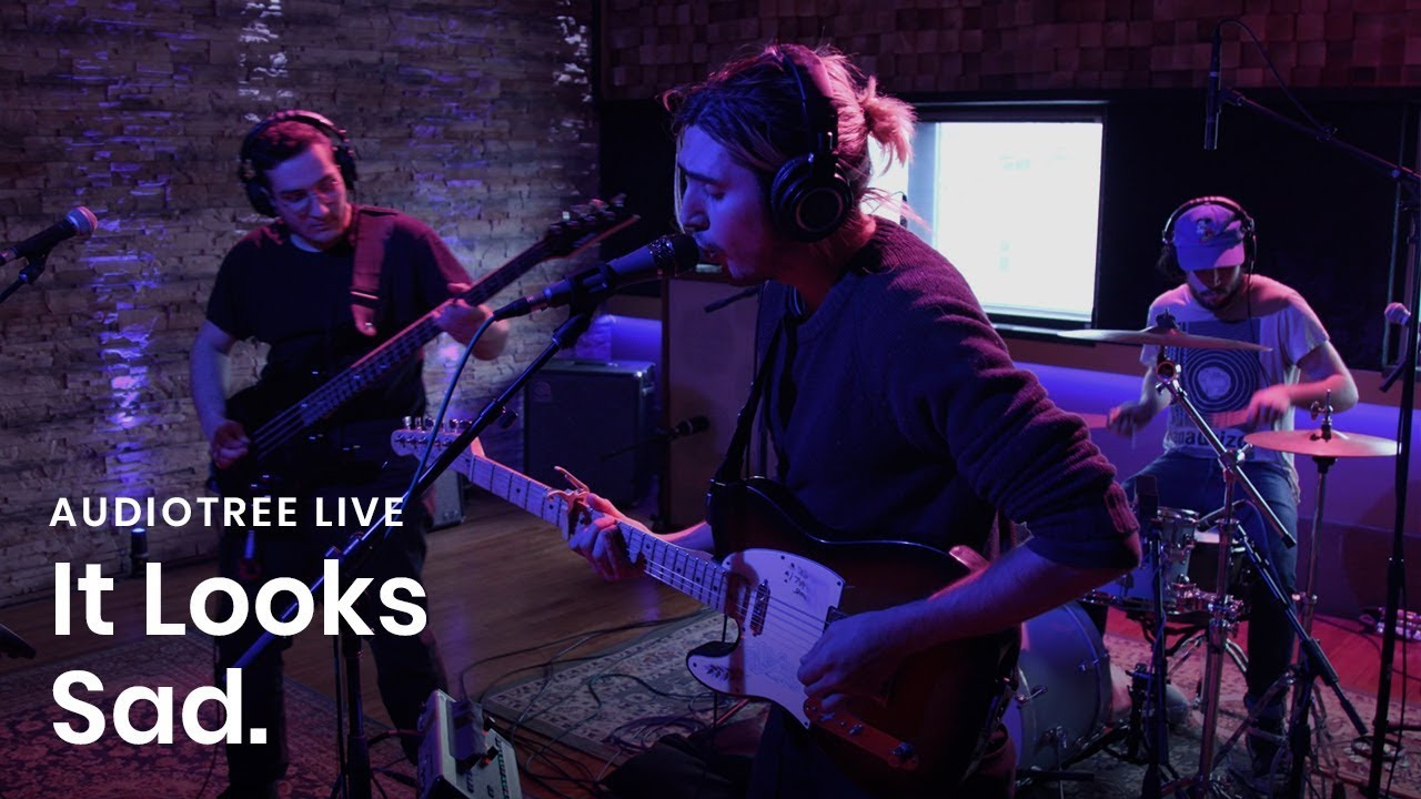 It Looks Sad  - Faded | Audiotree Live