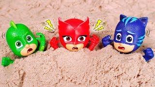 PJ Masks Toys ⚡ The Pj Masks are trapped! 😱⚡