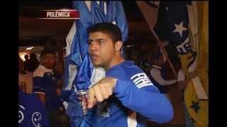 Torcedores cruzeirenses intimidam equipe da TV Alterosa