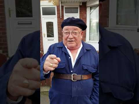 Tim Healy Auf Wiedersehen Pet says hi to the fans during a break in filming Still Open All Hours