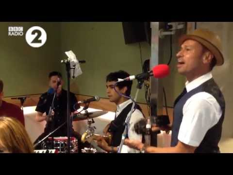 Si Cranstoun - 'Tell Her About It' live on the Chris Evans Breakfast Show