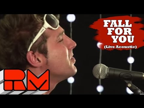 """Secondhand Serenade """"Fall For You"""" Acoustic"""