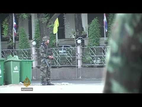 Thai army arrests hundreds under martial law