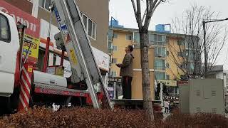 사다리차-용달3차 6층 올림작업(2019년 12월 23…