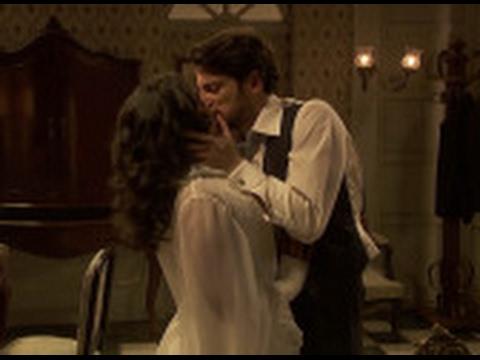 Lucía consigue seducir a Hernando