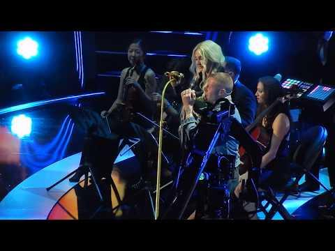 Kesha & Macklemore- Good Old Days (iHeartRadio Music Festival '17)