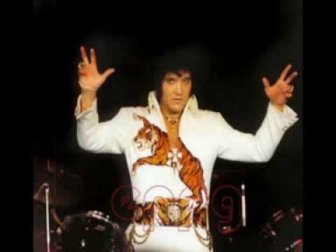 Download Elvis attacked On Stage - Instrumental Intermezzo 18 February 1973