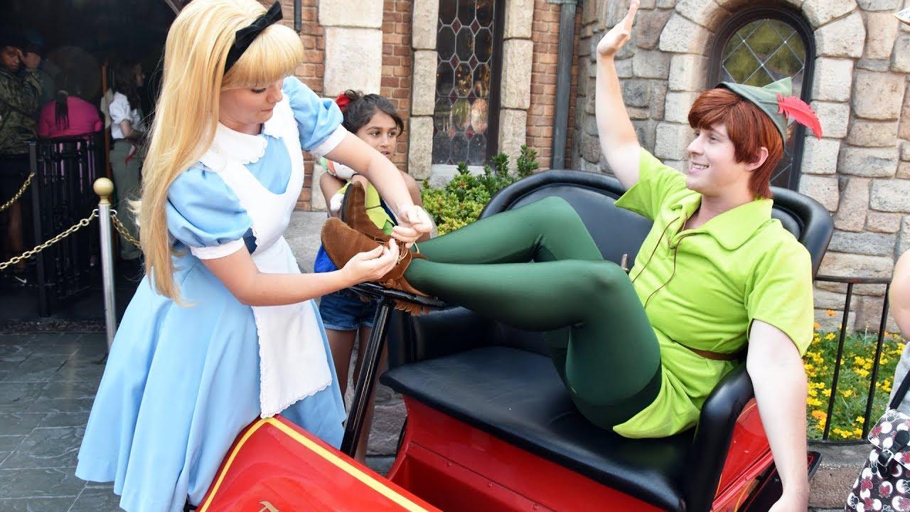 Disneyland Hook up