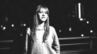 Lucy Rose Driving Home for Christmas (studio version)